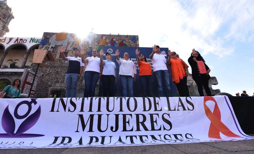 marcha contra la violencia a la mujer (1).JPG