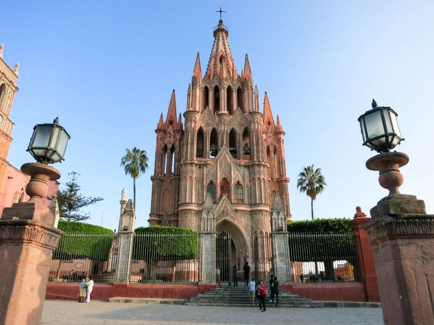 Parroquia de San Miguel Arcángel de San Miguel de Allende.jpg